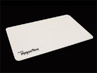 Razer がシリコーン製のゲーミングマウスパッド『Razer Megasoma』を発表