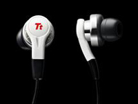 『Tt eSports』のイヤフォン型ゲーミングヘッドセット『ISURUS』のホワイトバージョンが 2 月 9 日(水)より 2,980 円で国内販売開始