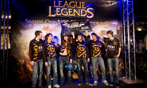 『DreamHack Summer 2011』League of Legends Season One Championship で FnaticMSI が優勝