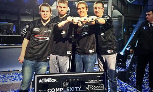 Evil Geniusesが世界大会『2014 Call of Duty Championships』の優勝チームメンバーをcompLexityより買収