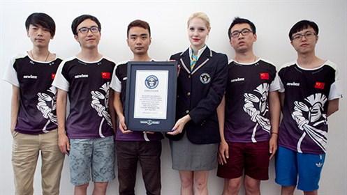 DOTA2世界大会『The International 4』王者 Newbeeが「ビデオゲーム競技における最大の賞金額」でギネス世界記録に認定