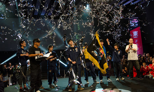 『Red Bull 5G 2014 Finals』で4ジャンルを制した西日本チームが優勝