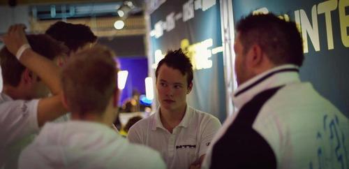 mTwが2016年のCS:GOラインナップ1人目として元CS1.6プレーヤーminetと契約