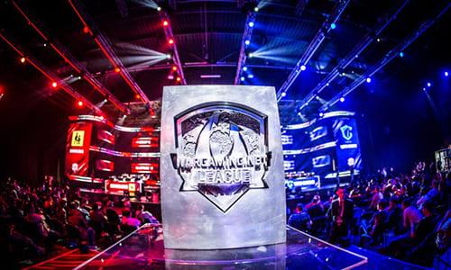 『World of Tanks』公式世界大会『Wargaming.net League 2016 Grand Finals』が4/8(金)、9日(土)にポーランドで開催